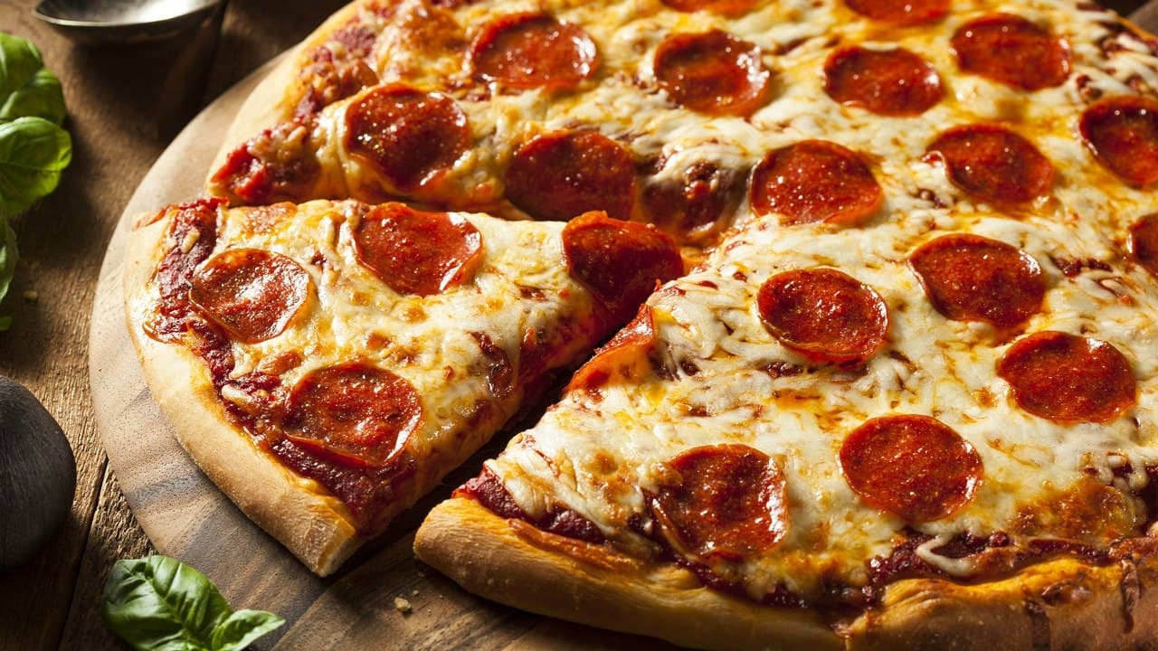 Итальянская традиционная кухня. Как приготовить настоящую пиццу «Пепперони»